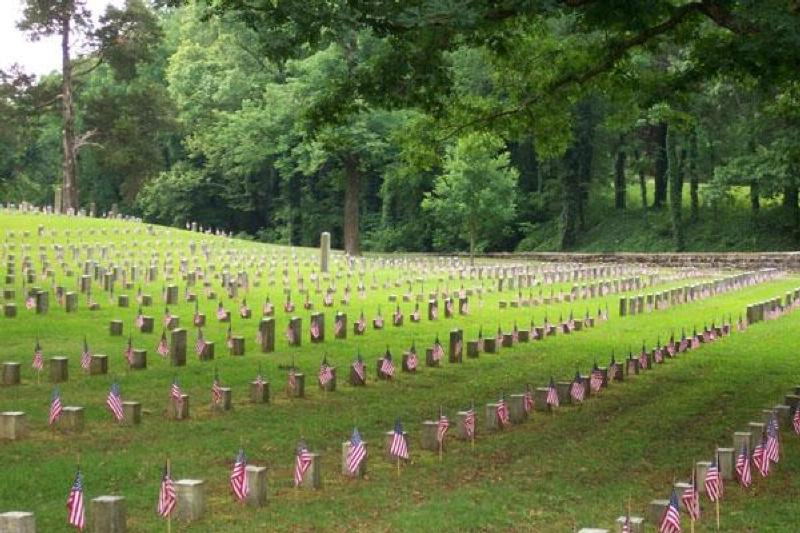 Memorial Day has its roots in Tennessee and in the south but does not include Confederate soldiers